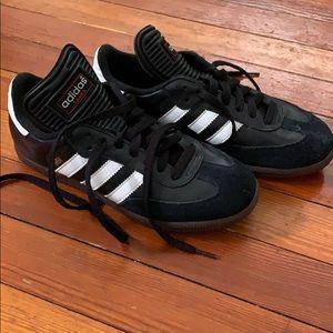 Adidas Samba Soccer sneakers men's siZing